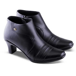 gambar sepatu boots heels,gambar sepatu boots korea kulit,koleksi sepatu boots korea 2018,sepatu kerja wanita boots original,sepatu formal boots wanita hitam,sepatu boots kerja murah surabaya,grosir sepatu kerja boots jakarta,toko sepatu kerja wanita di bandung,pusat sepatu kerja murah di bandung