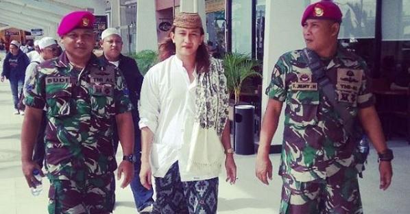 Habib Bahar: Gubernur Olly Bayar Preman Hadang Saya di Bandara