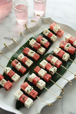 https://www.yahoo.com/style/celebrate-national-watermelon-day-3-fresh-ideas-125780667431.html
