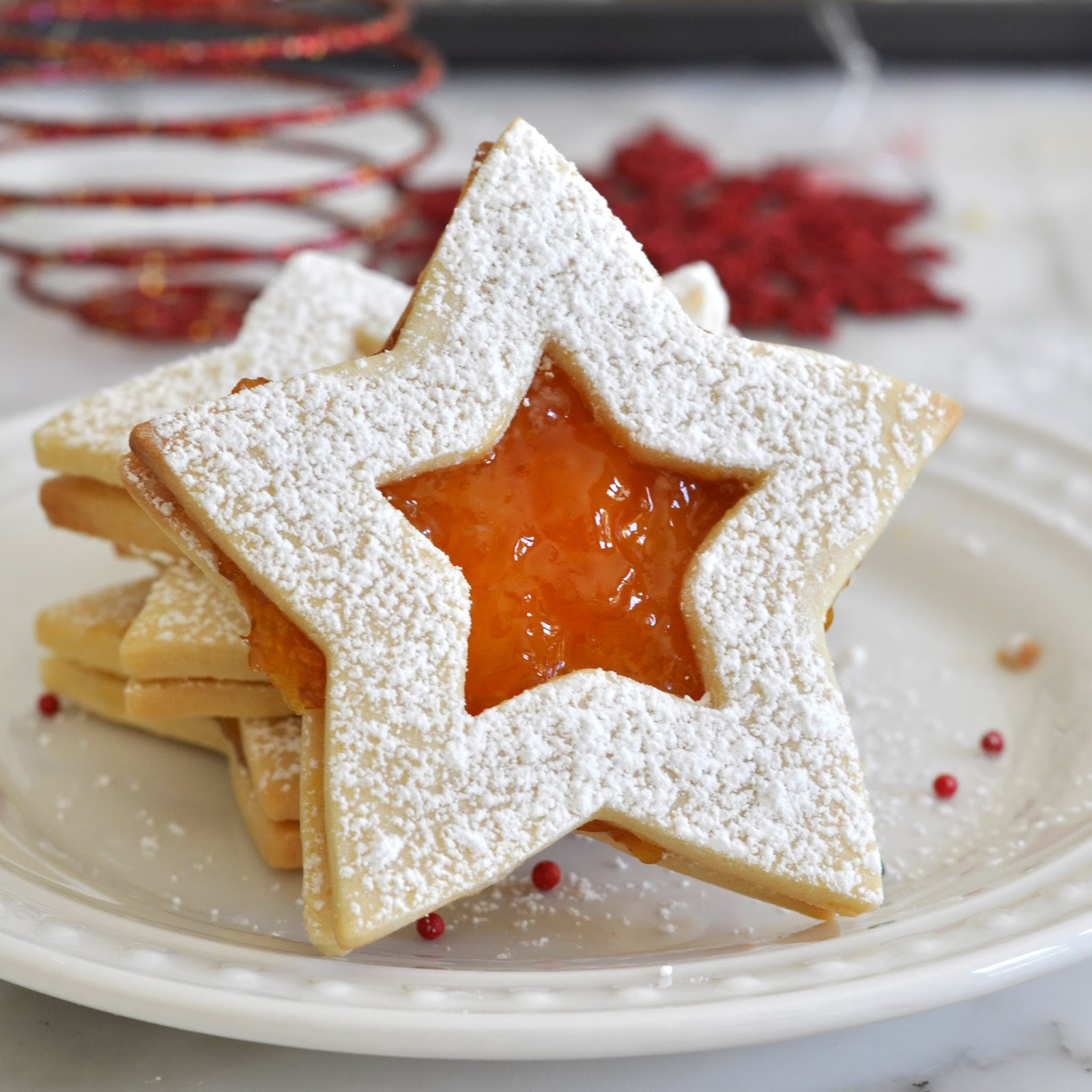 Cooking with Manuela: Christmas Sandwich Cookies