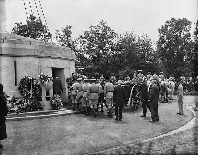 The burial of Ignacy Paderewski at Arlington National Cemetery 29 June 1941 worldwartwo.filminspector.com