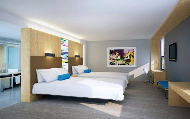 The Gates Hotel South Beach – a DoubleTree by Hilton, is an upscale hotel that was built in June 2015. This full-service hotel is located on famous Collins Avenue at 23rd Street in the heart of South Beach and is across the street from the Atlantic Ocean.