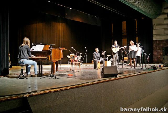 A hitre hangolt ipolysági Piano