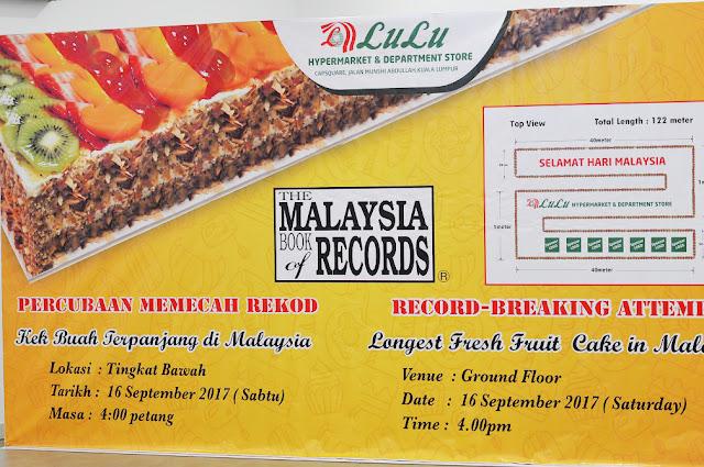 Kek Buah Terpanjang Dicipta Oleh Lulu Hypermarket Malaysia