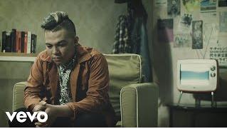 Download lagu Mario G. Klau Tak Selamanya Indah Mp3