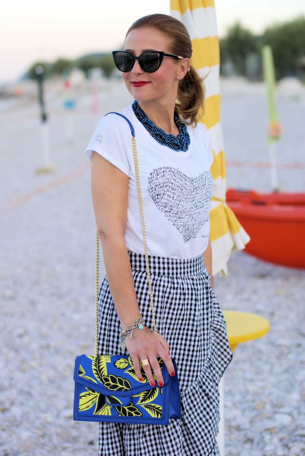 The gingham trend and Simocal t-shirt on Fashion and Cookies fashion blog, fashion blogger style