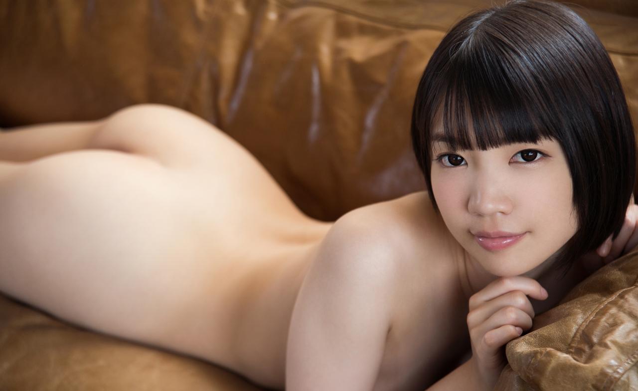 Koharu Suzuki 鈴木心春