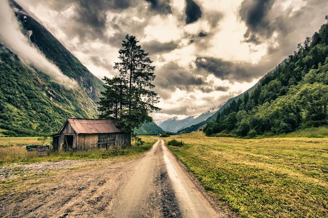 Strada verso il Ghiacciaio Supphellebreen