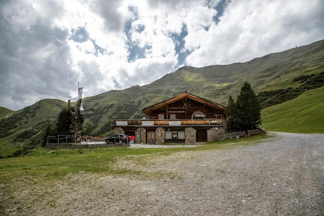 Wandern in Serfaus-Fiss-Ladis  Fisser Kraft- und Sinnesweg  Wanderung Tirol  Wandern-in-Oesterreich 02