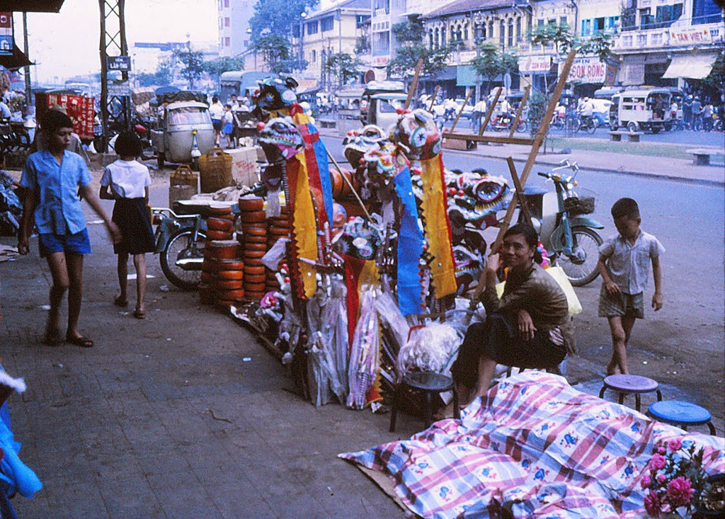 Late Fall Wallpaper Street Scenes Of Saigon Vietnam From Between 1970 1975 In