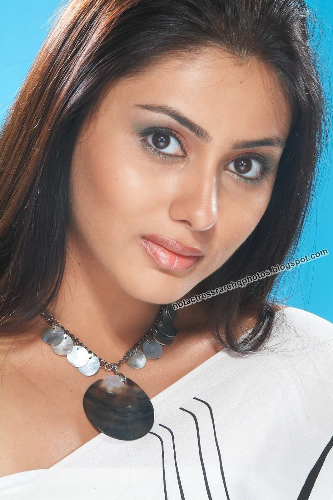Unseen Tamil Actress Images Pics Hot: 2012 namitha all