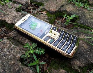 Prince PC128 Mewah 3 SIM Powerbank Luxury Phone