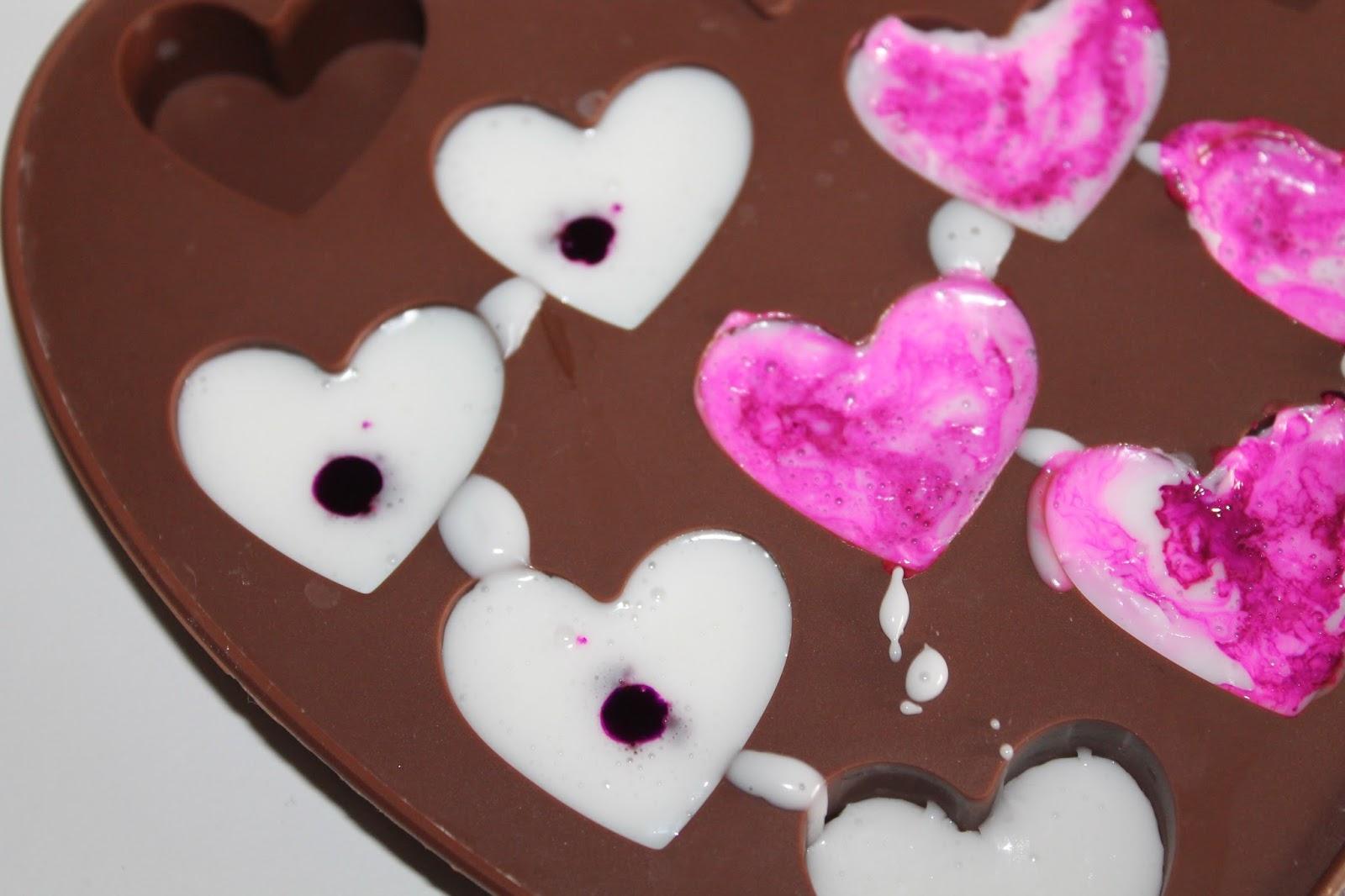 DIY, Basteln: marmorierte Seifenherzen in pink als Geschenkidee, Kosmetik, Beauty und Wohndekoration - DIYCarinchen