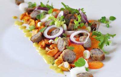 Salat aus Bratwurst