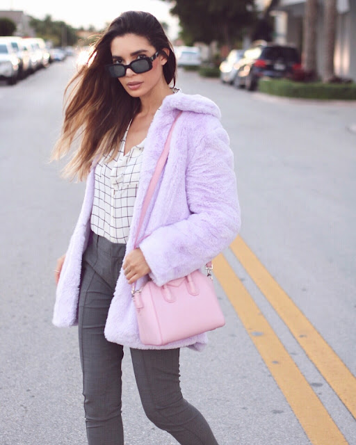 da4c7e0096d4 Shop a variety of cute faux fur coats from Missguided here