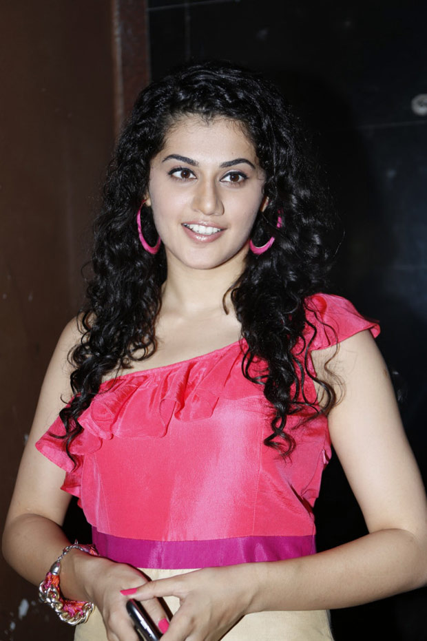 glorious and suave Tapsee at radio josh launch