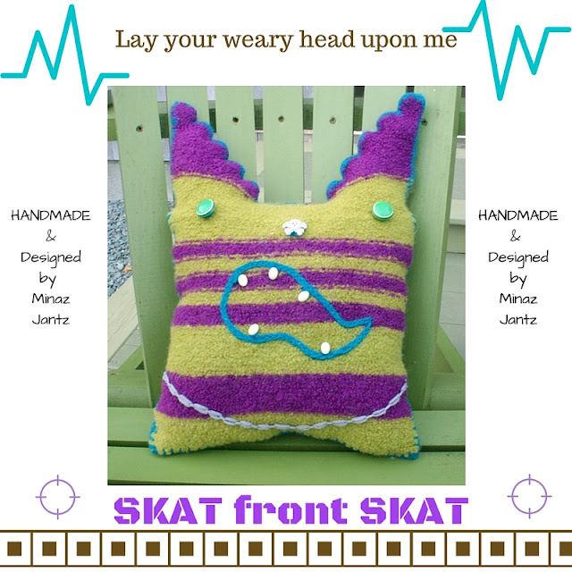 FRONT Felted Pillow Skat by Minaz Jantz