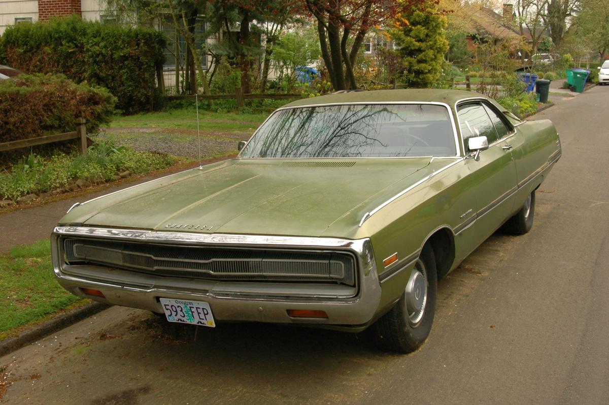 Parked Cars Revisited 1966 Chrysler Newport 4 Door: OLD PARKED CARS.: 1971 Chrysler 300
