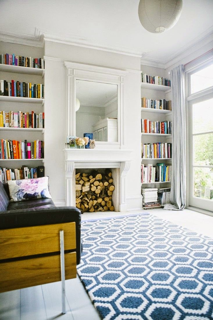floor design, geometric patterened rug as focal point to lounge