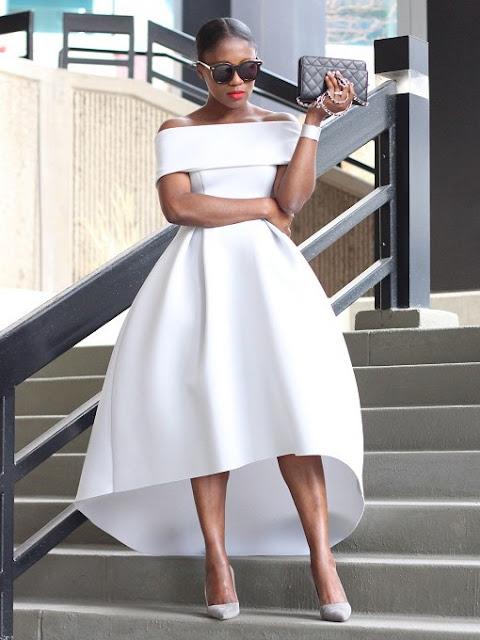 Vestido branco rodado ombro a ombro