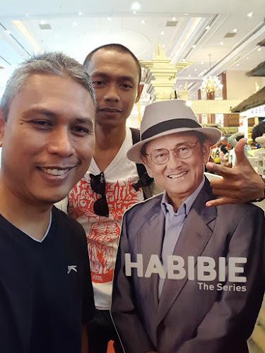 Bersama Pak Habibie