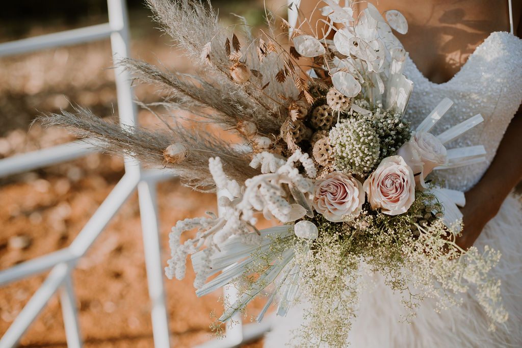 Jessica Liebregts Photography pemberton weddings florals photography perth