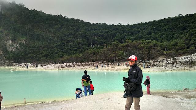 Tukang foto Kawah Putih Ciwidey Bandung