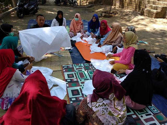Perkumpulan Skala bersama CSR Sampoerna Gelar Pelatihan Batik Shibori di Lombok