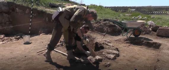 Αρχαιοελληνικός βωμός 2.400 ετών βρέθηκε στην Κριμαία