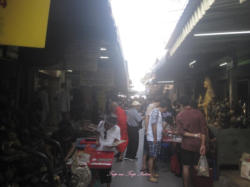 Amulet Market of Thailand - National Culture Tour by Walking