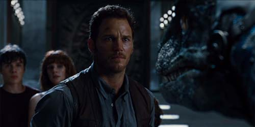 Chris Pratt Bryce Dallas Howard Raptor in Jurassic World