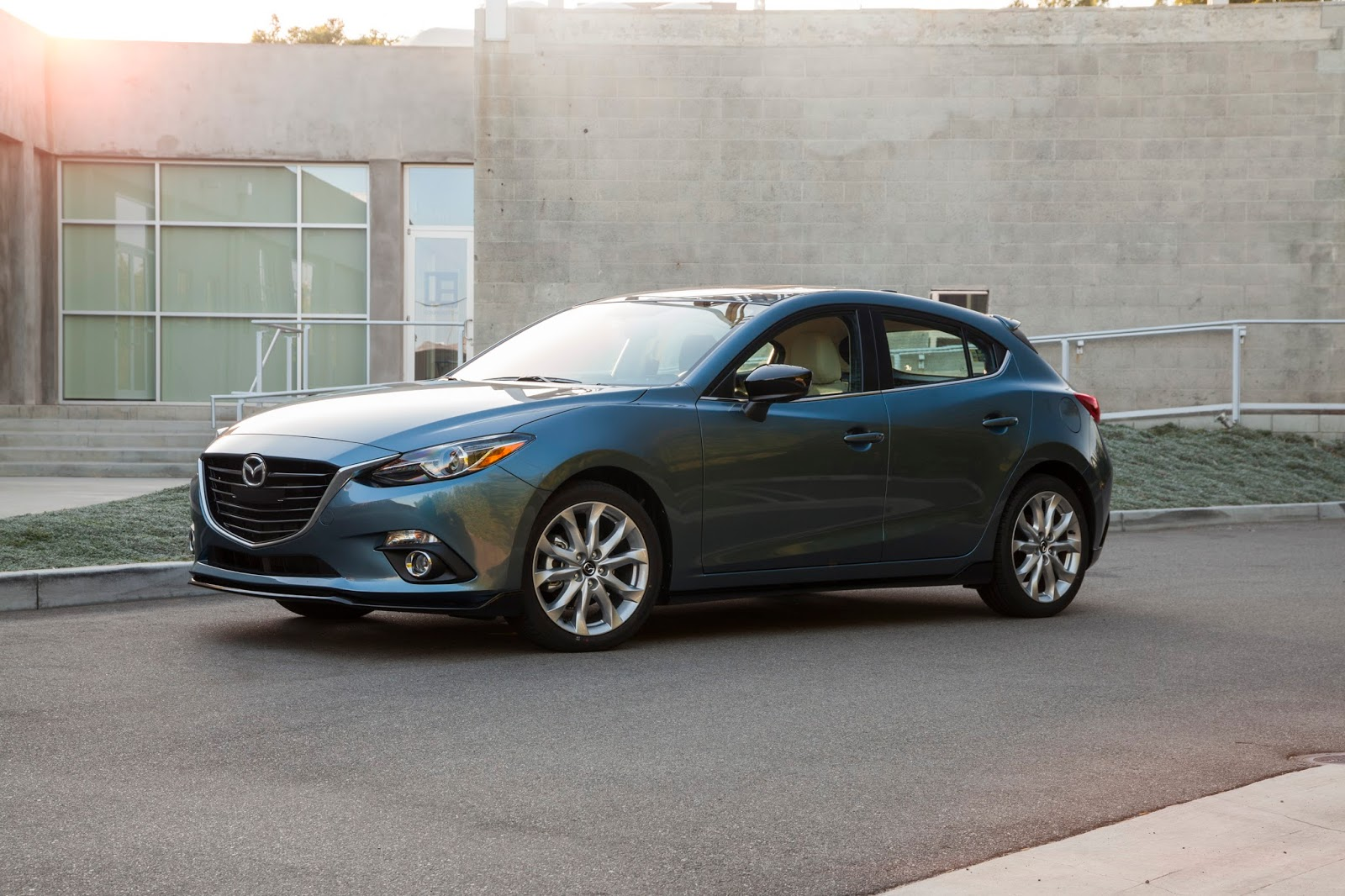 why am i doing a writeup on a 2015 mazda 3 oil and filter change on a blog focused on electric bikes solar and small electronics  [ 1600 x 1066 Pixel ]