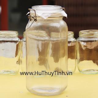 Hu thuy tinh quai inox 2 lit