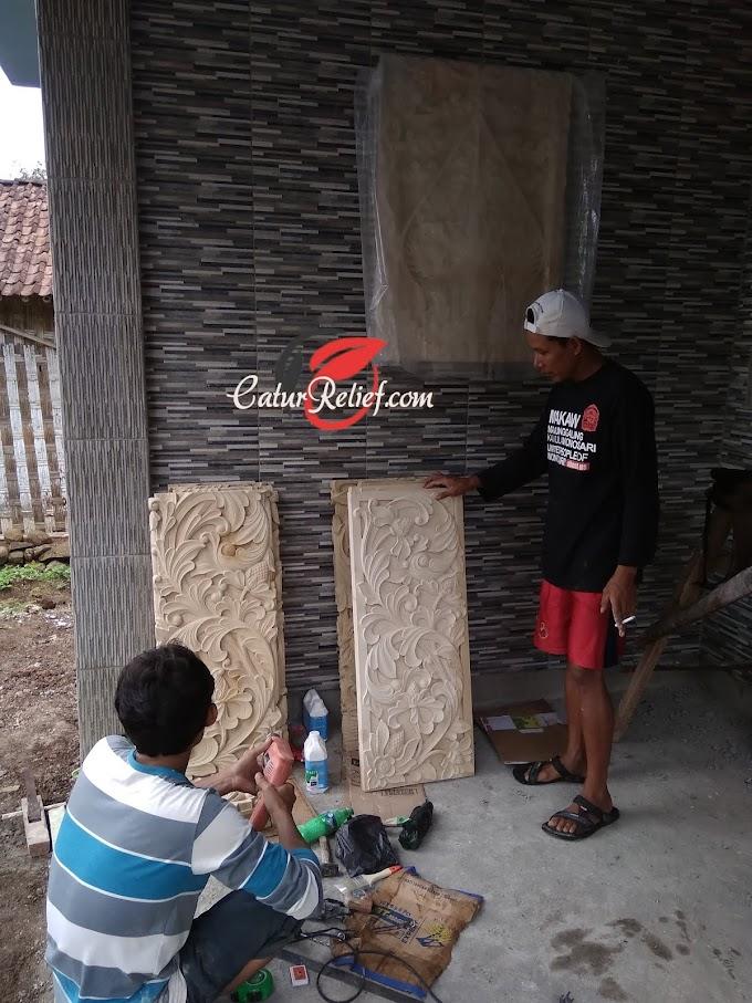Pilar Rumah Dari Ukiran batu paras jogja