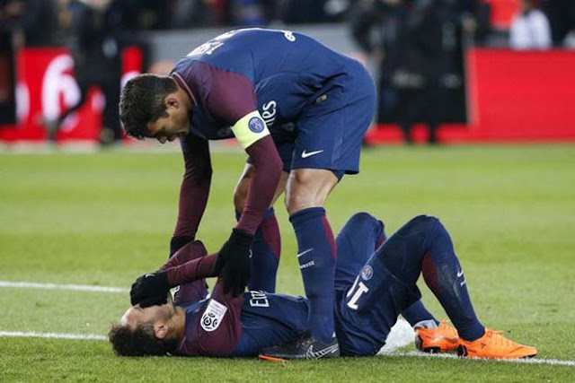 """Thuyết âm mưu: Neymar """"diễn sâu"""", khổ nhục kế gây sốc Real - Ronaldo 2"""