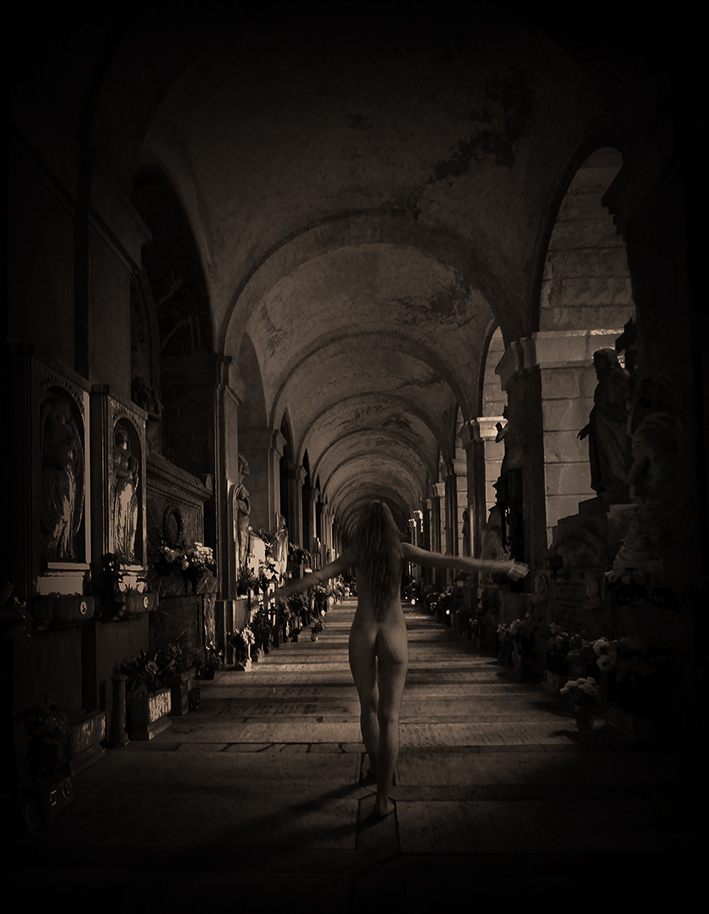 Darkbeauty, darkart, limited edition, ghost, paranormal, czon, italy