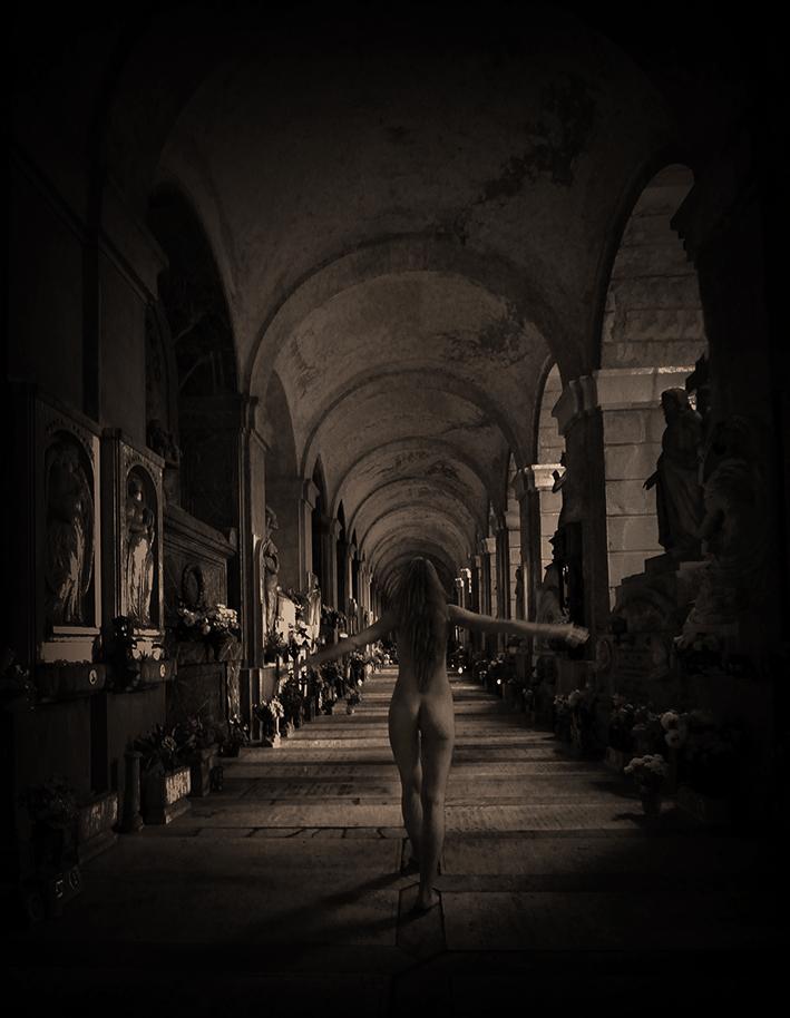 Darkbeauty, darkart, limited edition, ghost, paranormal, czon, italy