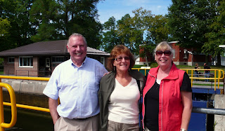 Ed, Liz and Jeanie  standing at lock 32