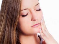 Mengobati Sakit Gigi Berlobang