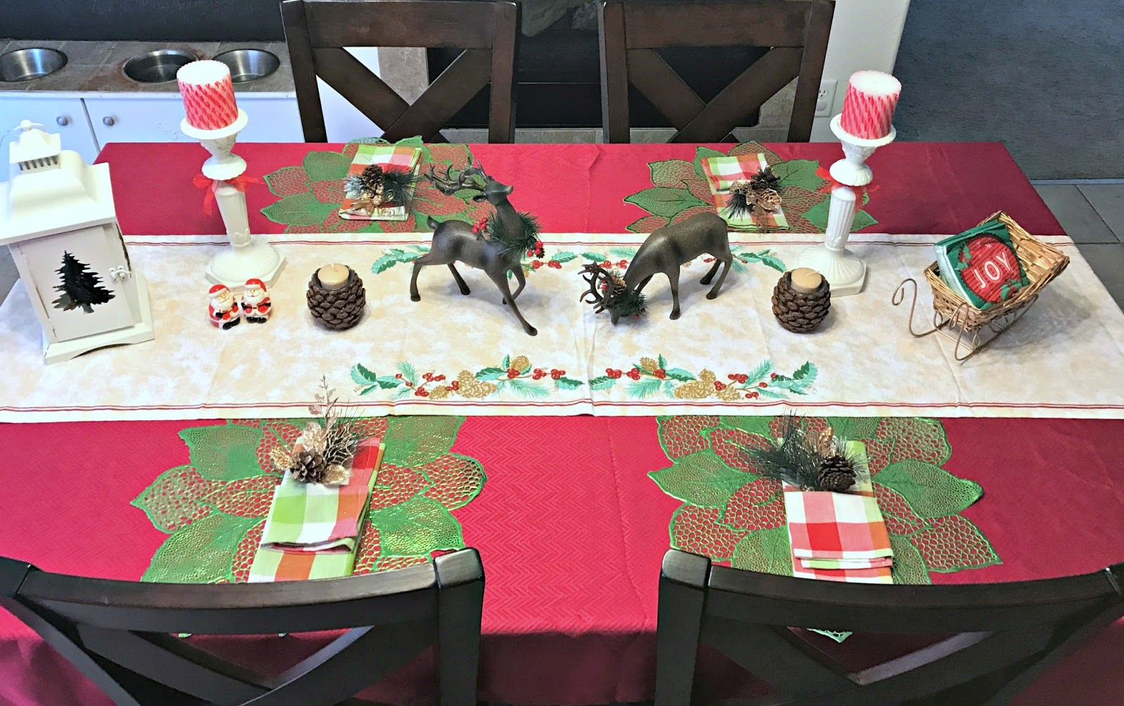 Christmas table makeover orientaltrading we got the funk for Home bargains xmas decorations