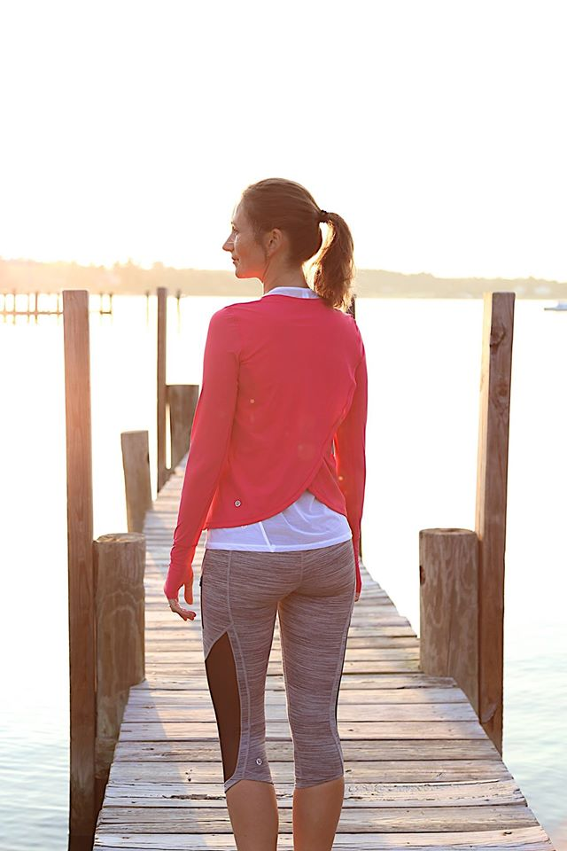 lululemon sunshine-salutation-tank sun-runner-crop