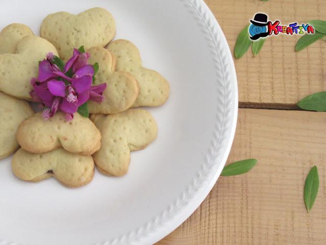 Biscotti dal cuore morbido di cioccolato