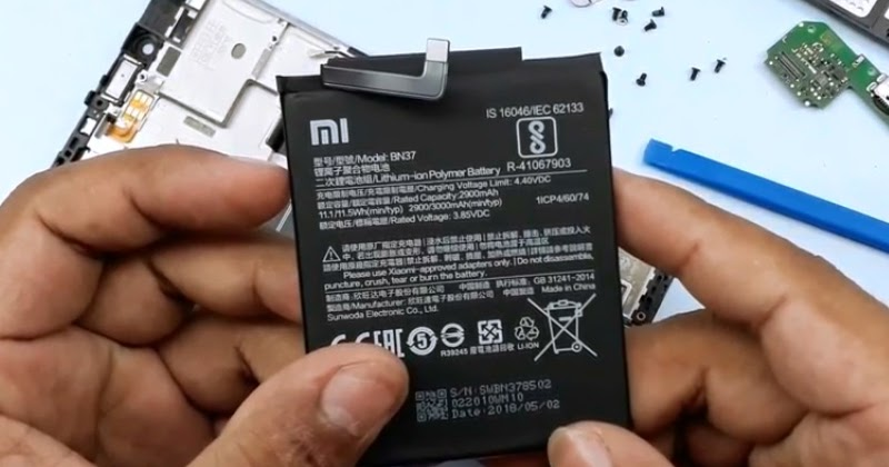 Cara Membuka Casing Belakang dan Mengganti Baterai Xiaomi