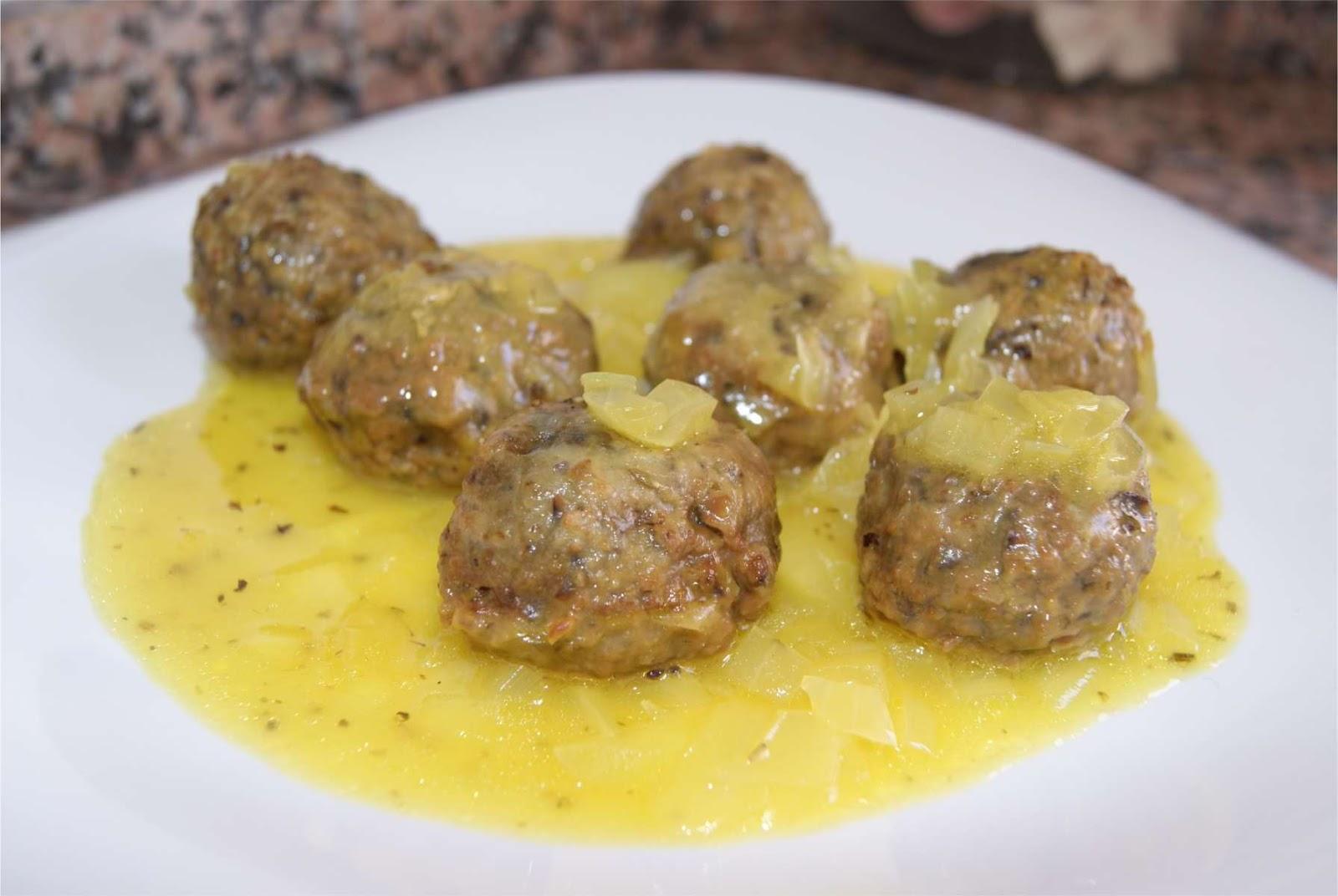 Receta de alb ndigas de berenjena en salsa qu rico - Albondigas tradicionales ...