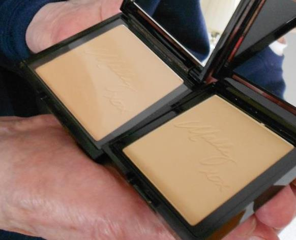 Mally Beauty 4K Ultra HD Fantasy Powder Foundation (Fair, Light)