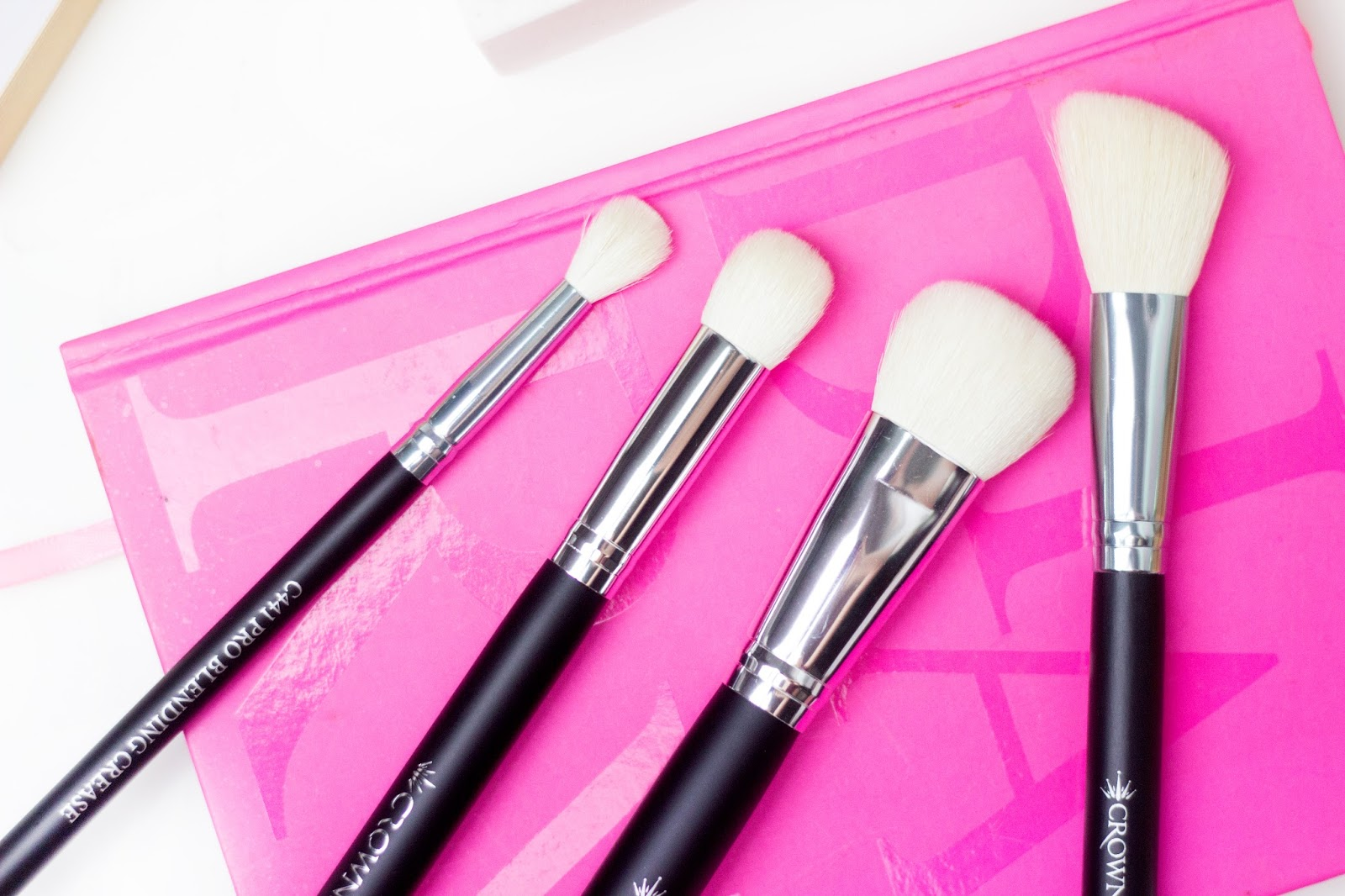 New in: Testing out Crown Brushes - WhatIndreLoves