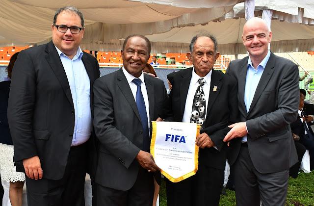 Gianni Infantino anuncia incremento a programas de desarrollo del fútbol de RD