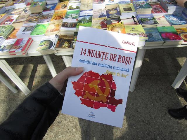 14 nuante de rosu-Amintiri din copilaria comunista de Cristina G.