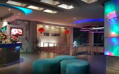 The Ligths Karaoke & Cafe Manado