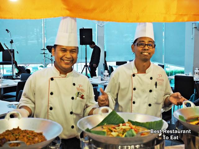 Chef at Ramadhan 2018 Buffet Klang Premiere Hotel Warna Warni Ramadhan